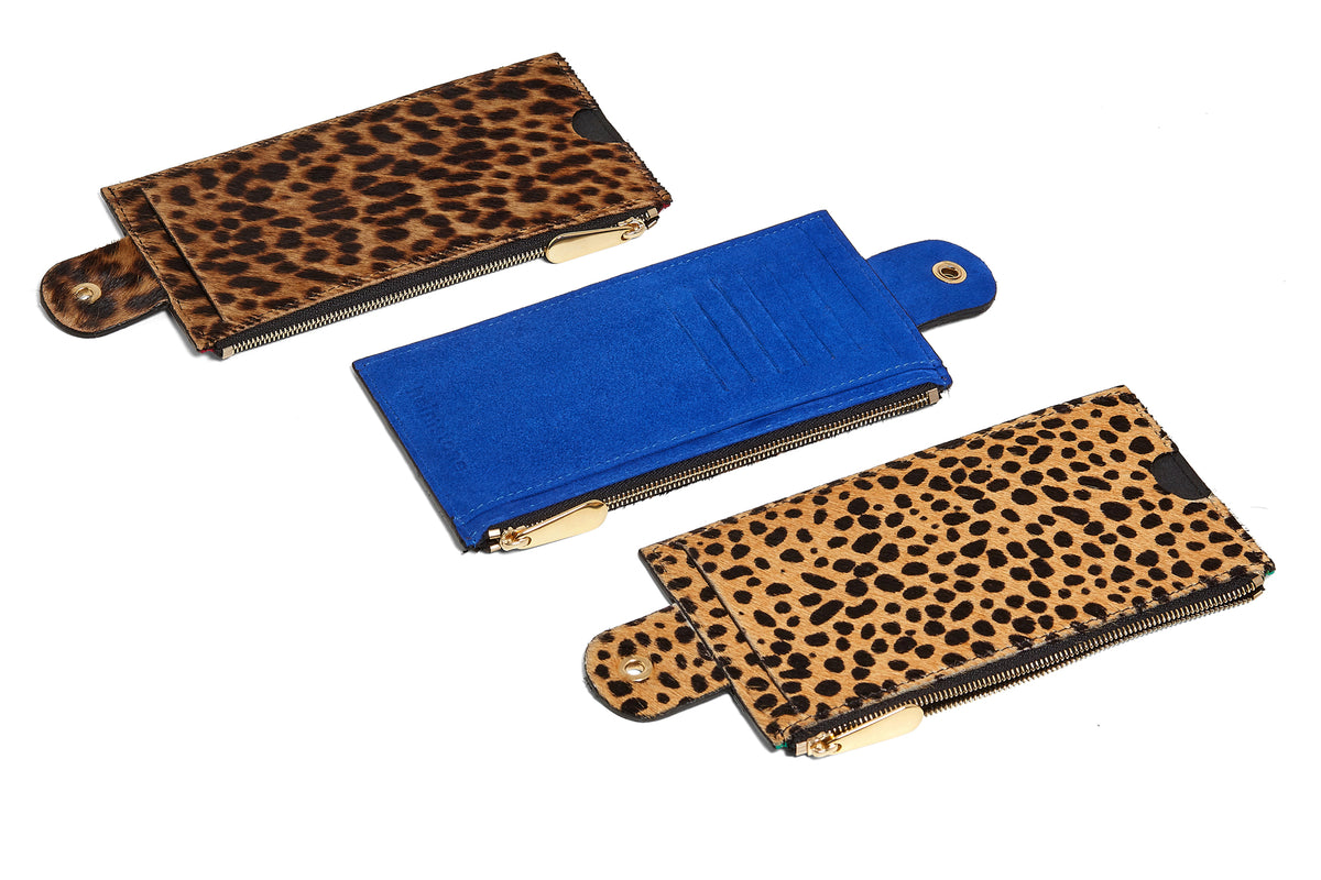 The Minis - Large neck wallet in Giraffe printed leather