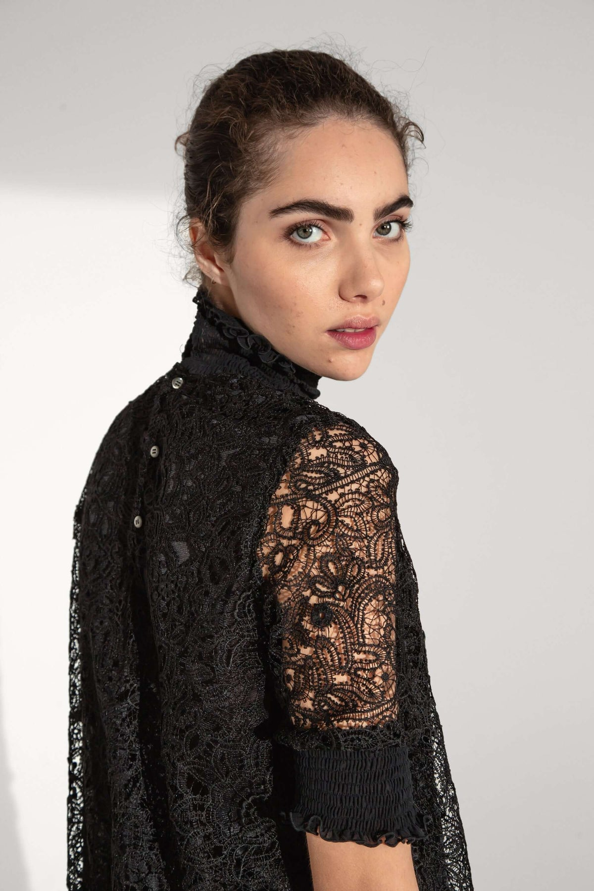 Dries dress in hibiscus lace