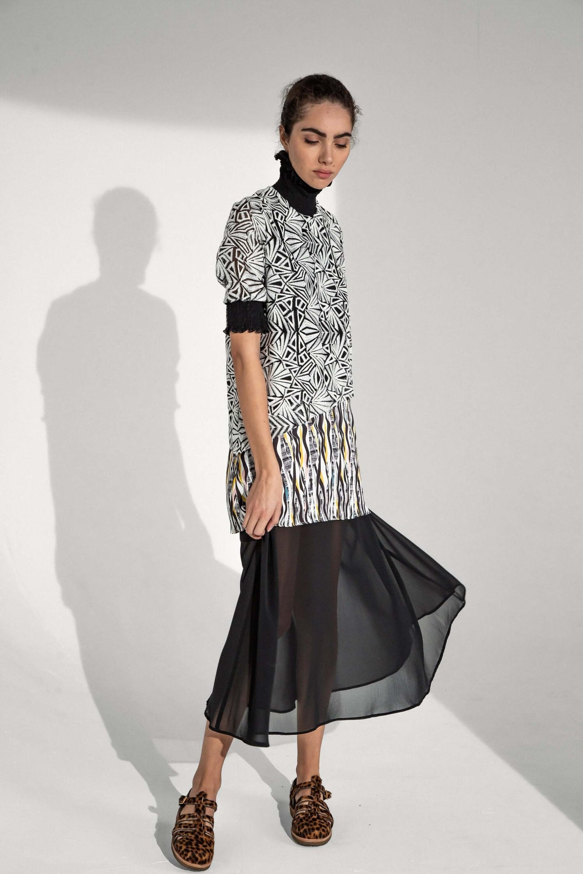 Dries dress in roots print