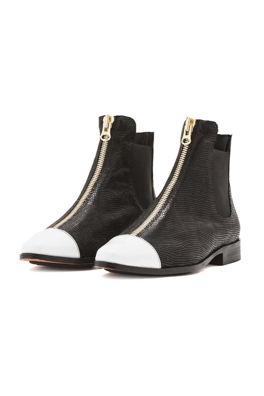 Duchesse boots in black leather