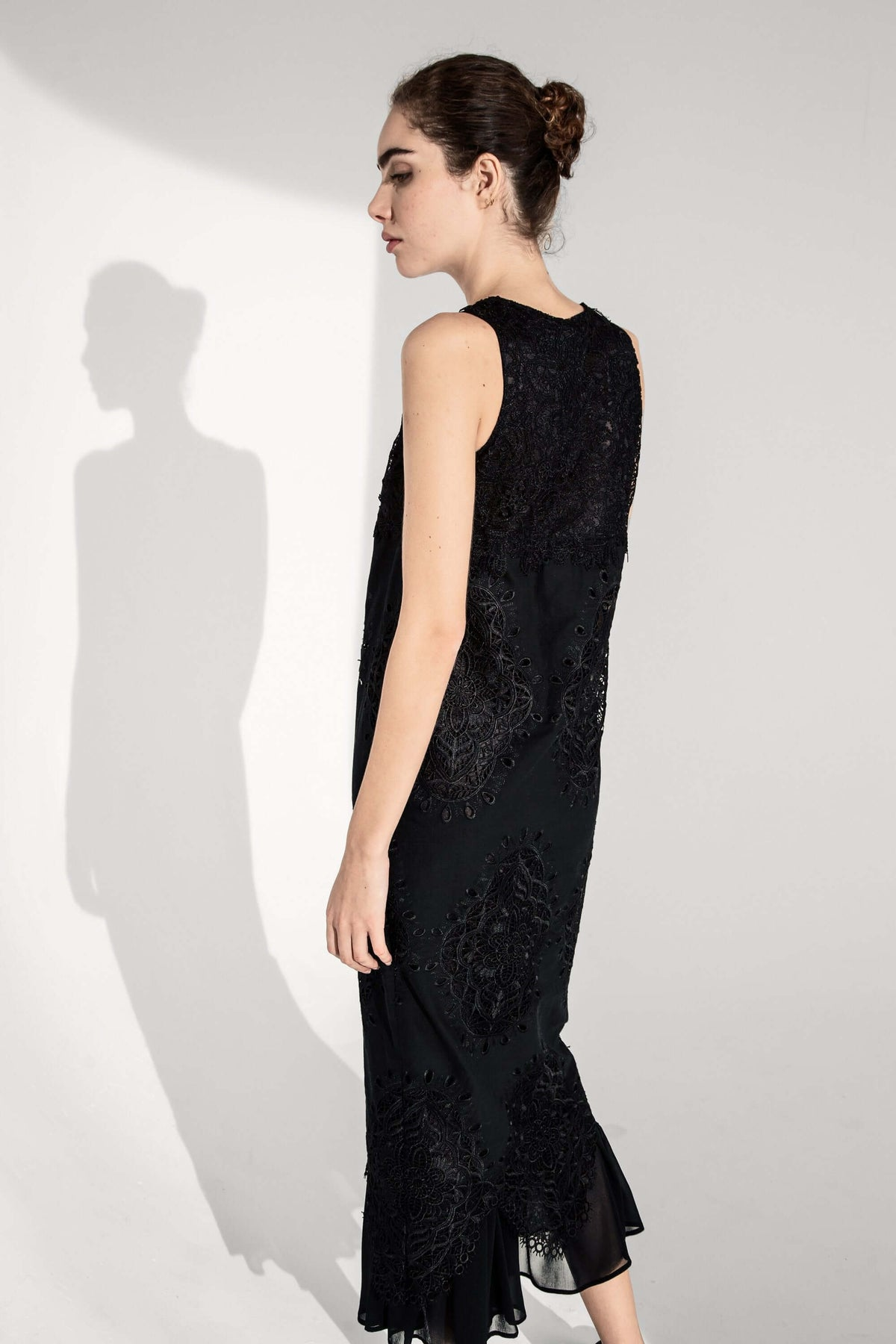 Enzo dress in hibiscus lace