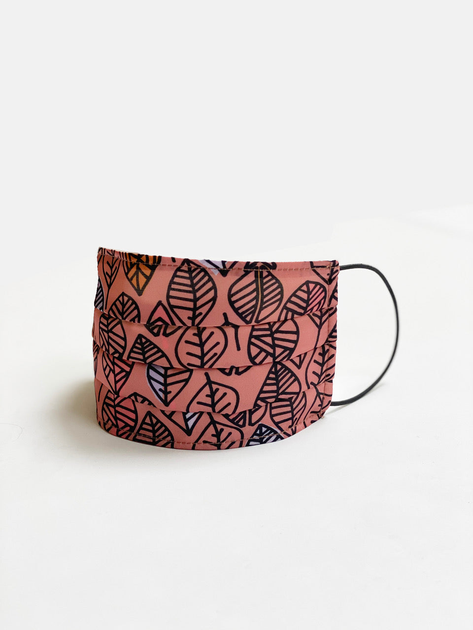Mask in pink leaf print