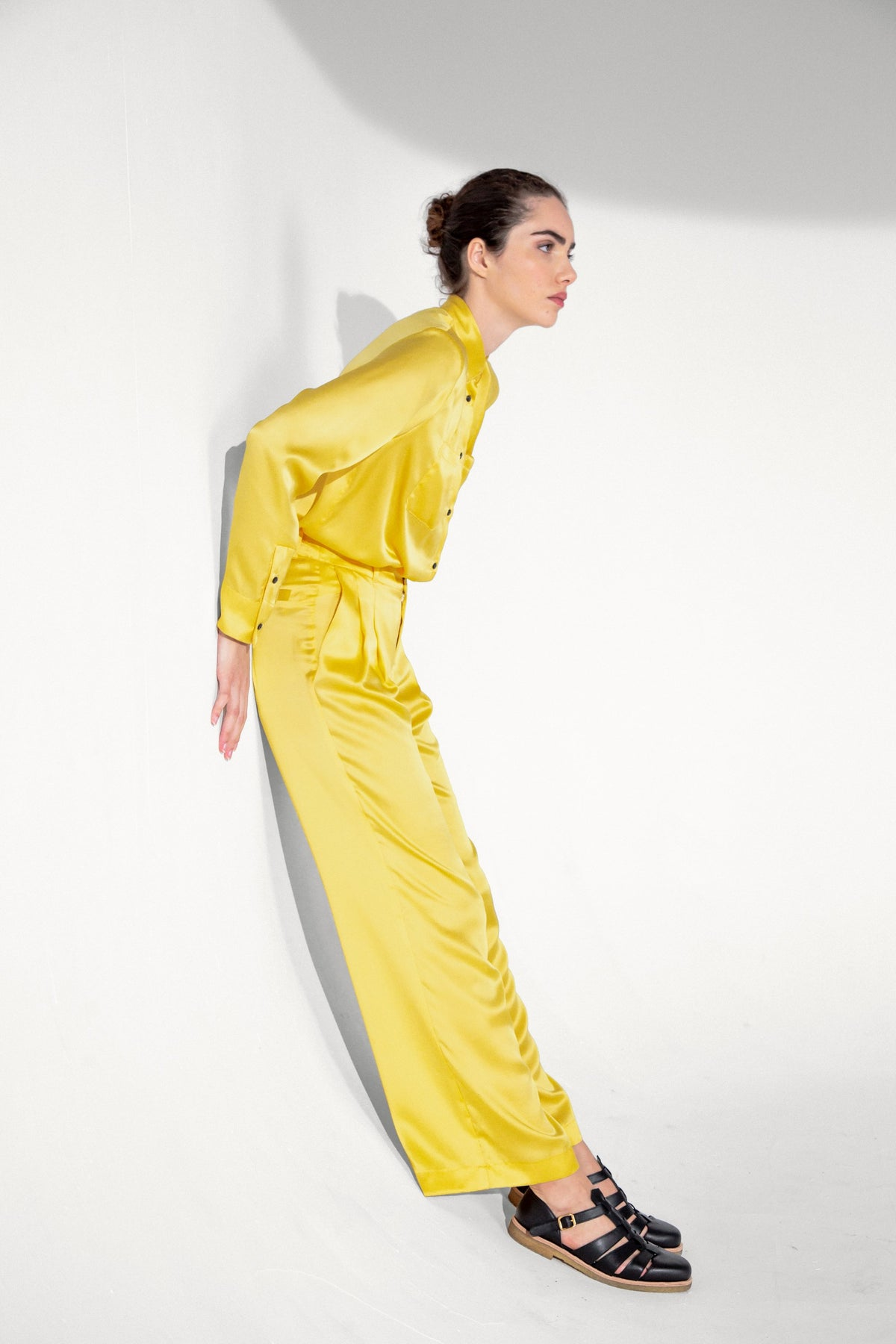 Moor pants in yellow silk