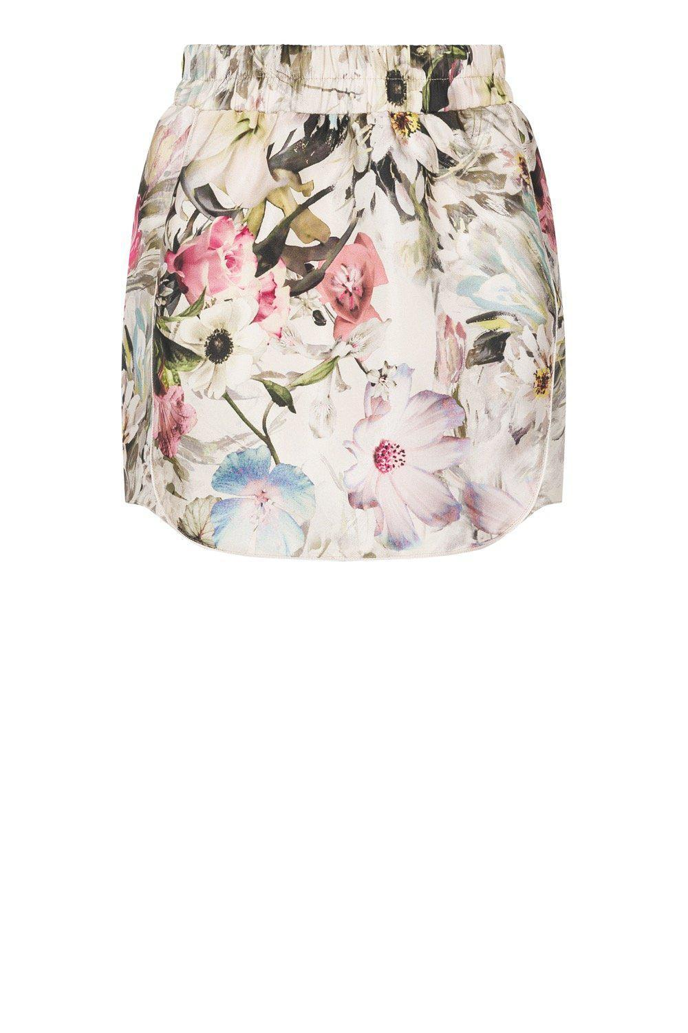 Nursery skirt in floral canvas