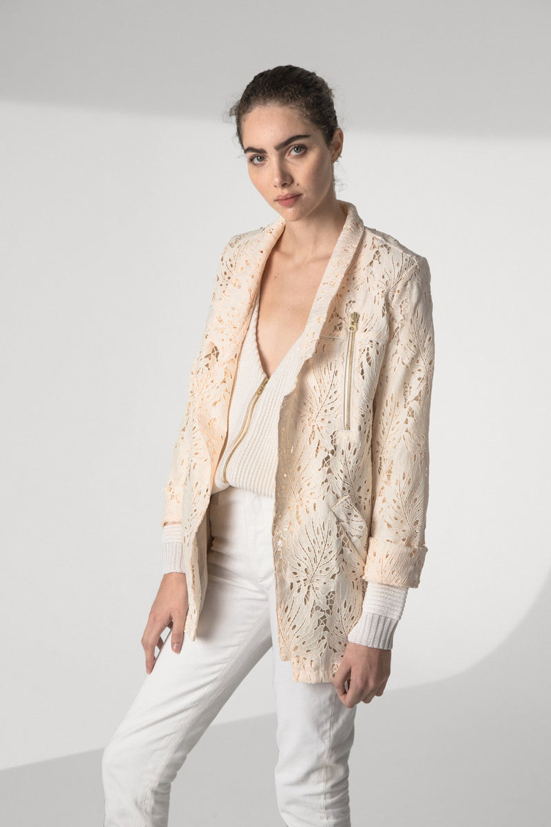 Tichy coat in leaf lace