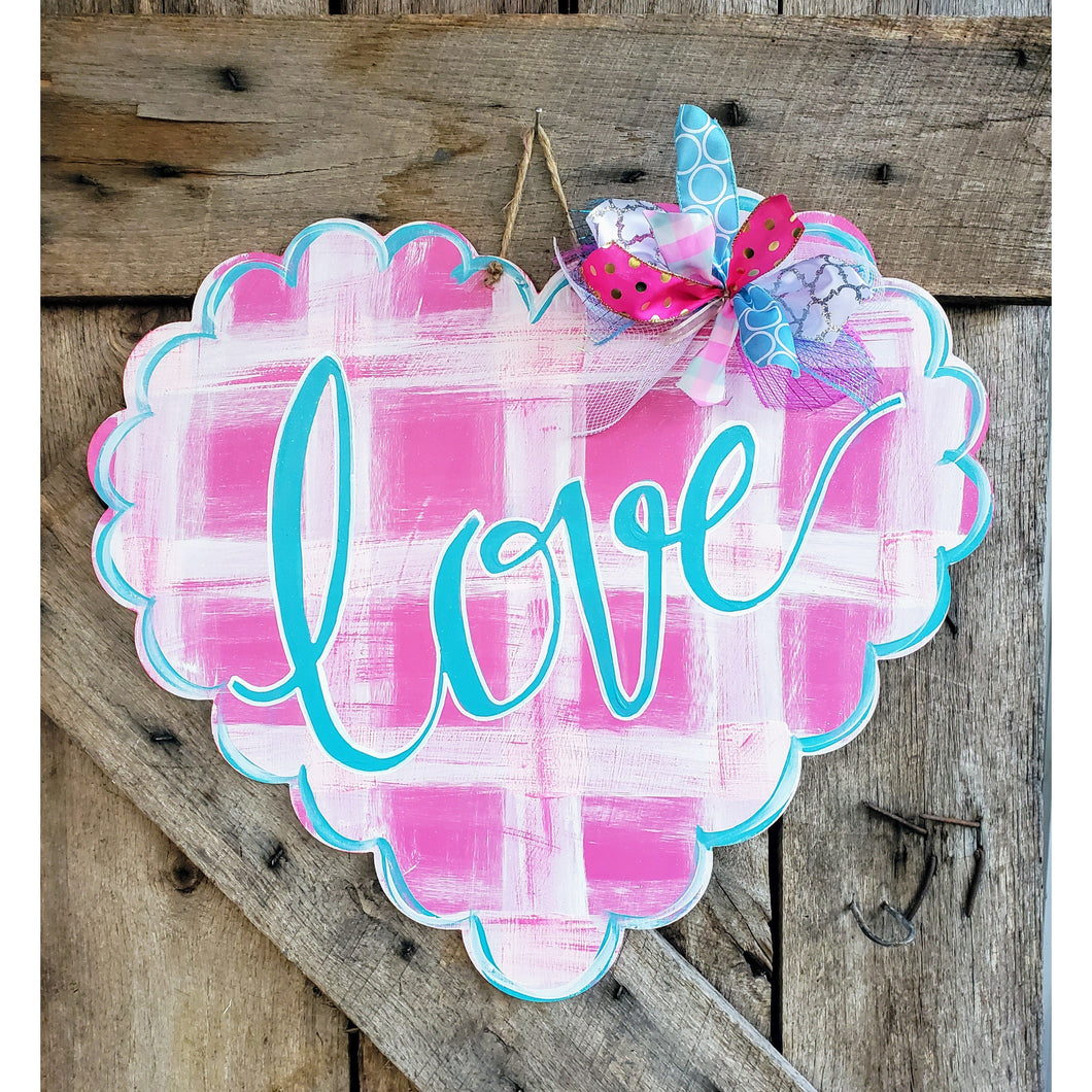 Pink plaid scalloped heart