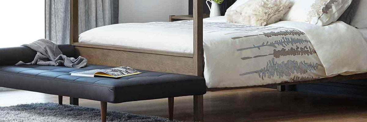 Contemporary classic bedroom ottoman bench