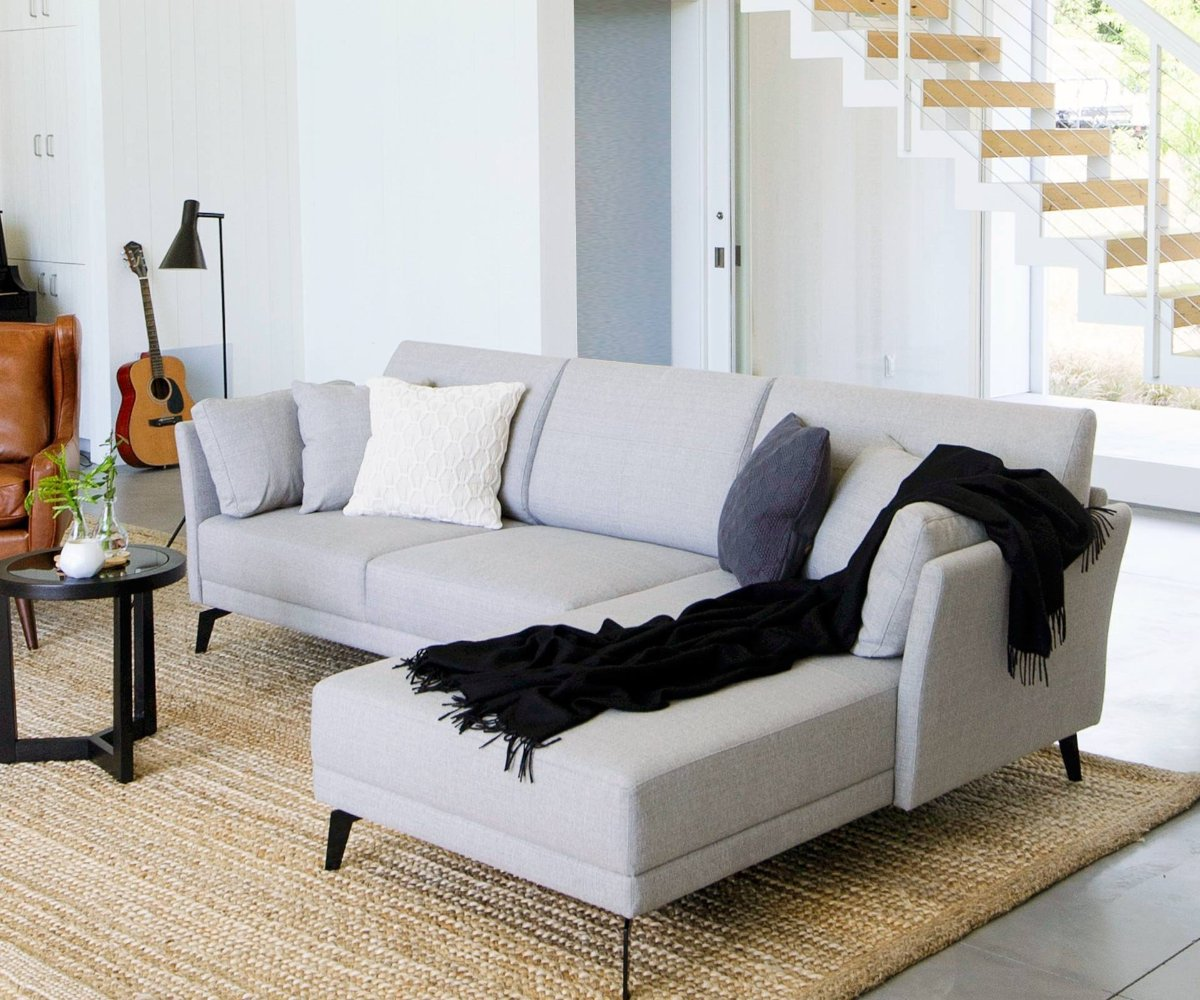 Attractive Modern Scandinavian Living Room Chaise Sofa