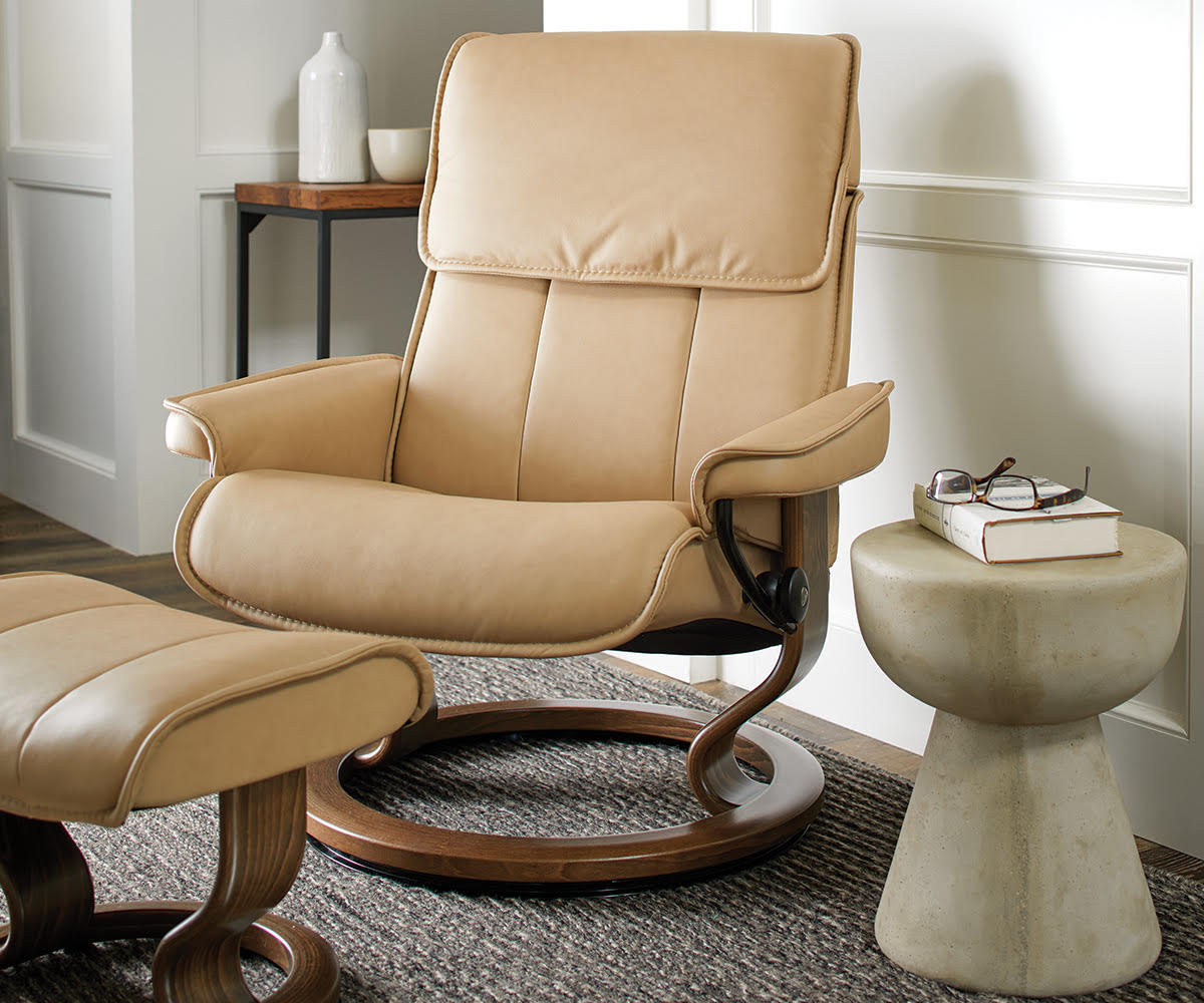 Stressless® Admiral Large Recliner & Ottoman - Sand