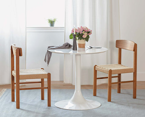 Small round modern danish gloss bistro table