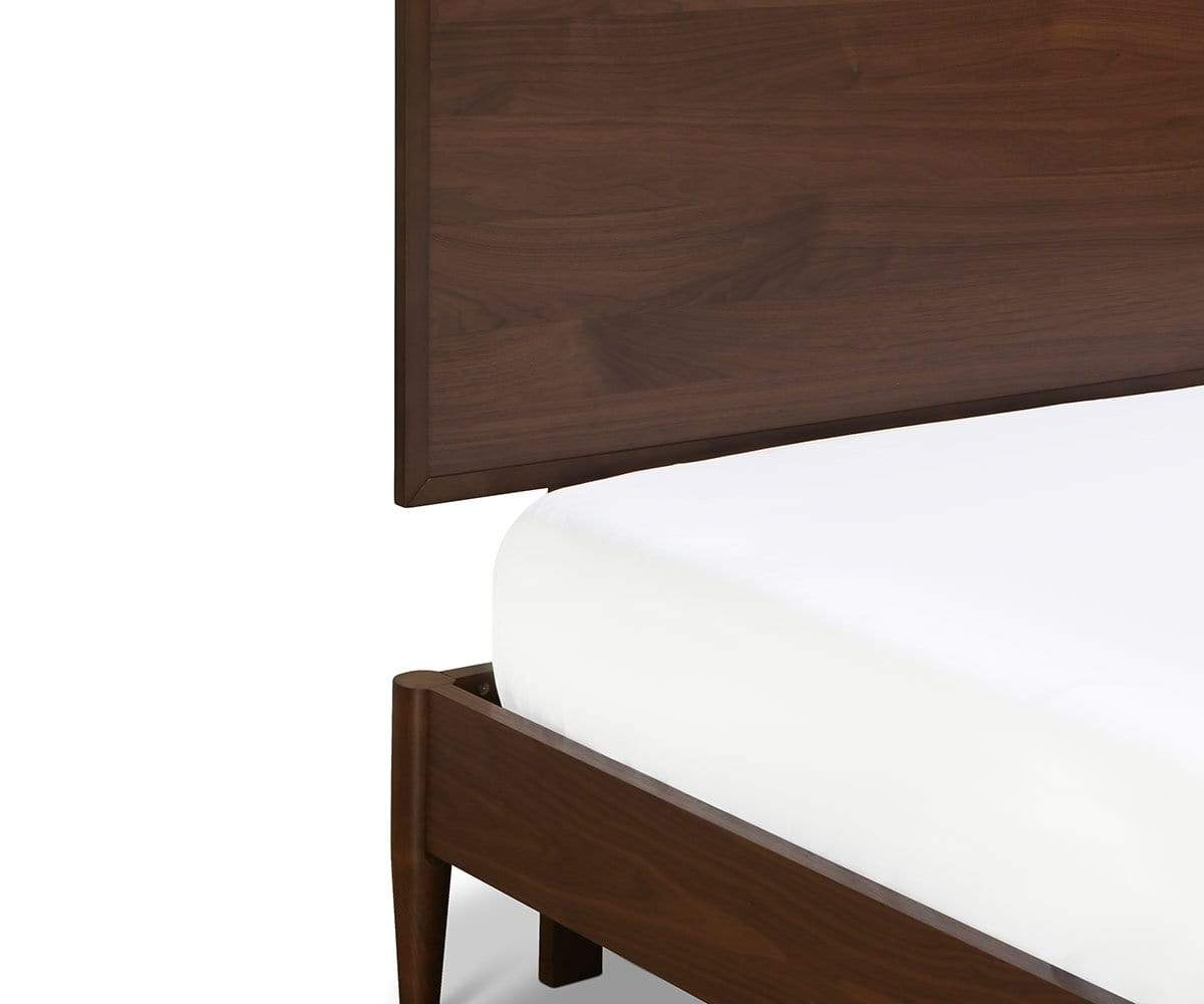 Juneau Panel Bed