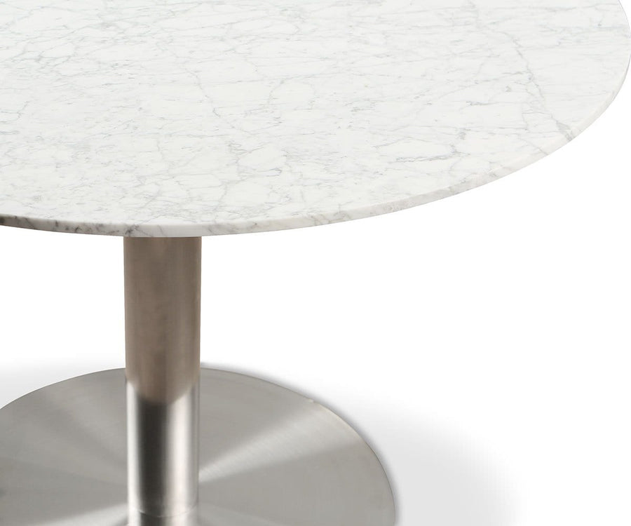 Deilig Dining Table - White