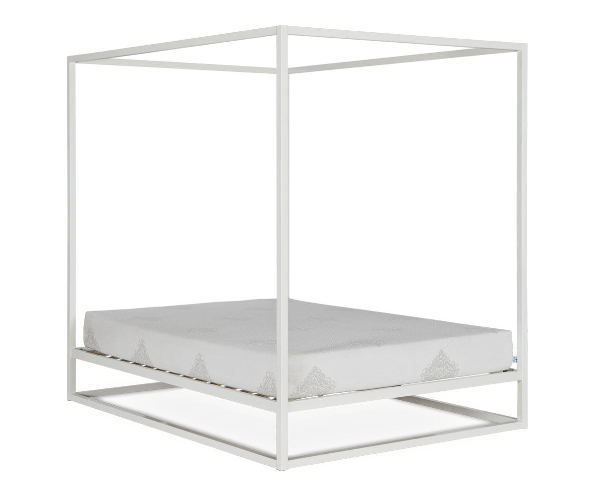 Oppet Canopy Bed
