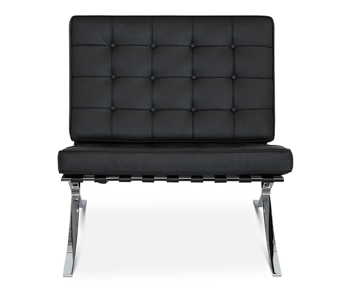 Luxury black leather padded chrome lounge chair