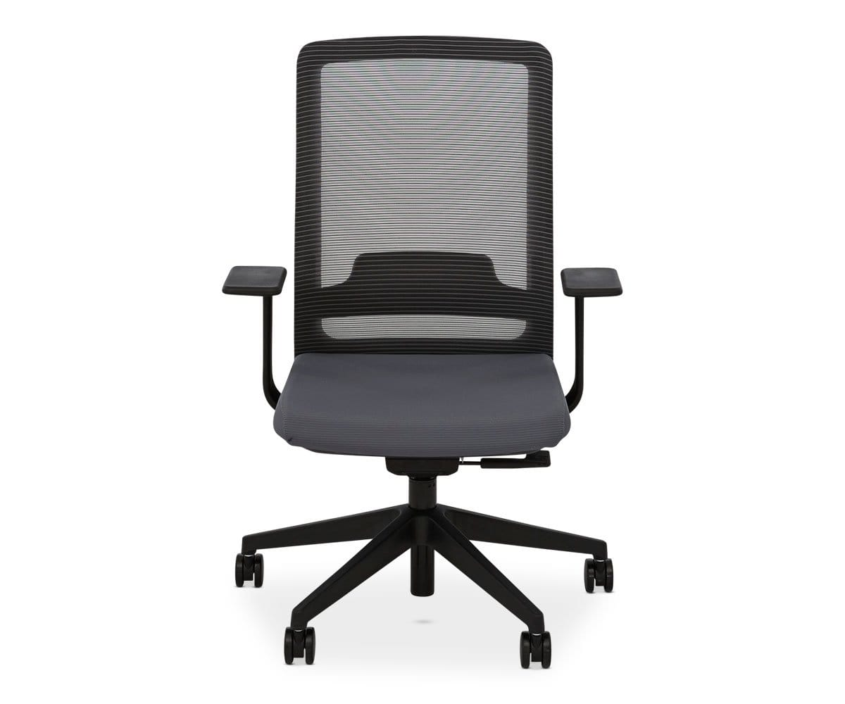 Adjustable height swivel chair