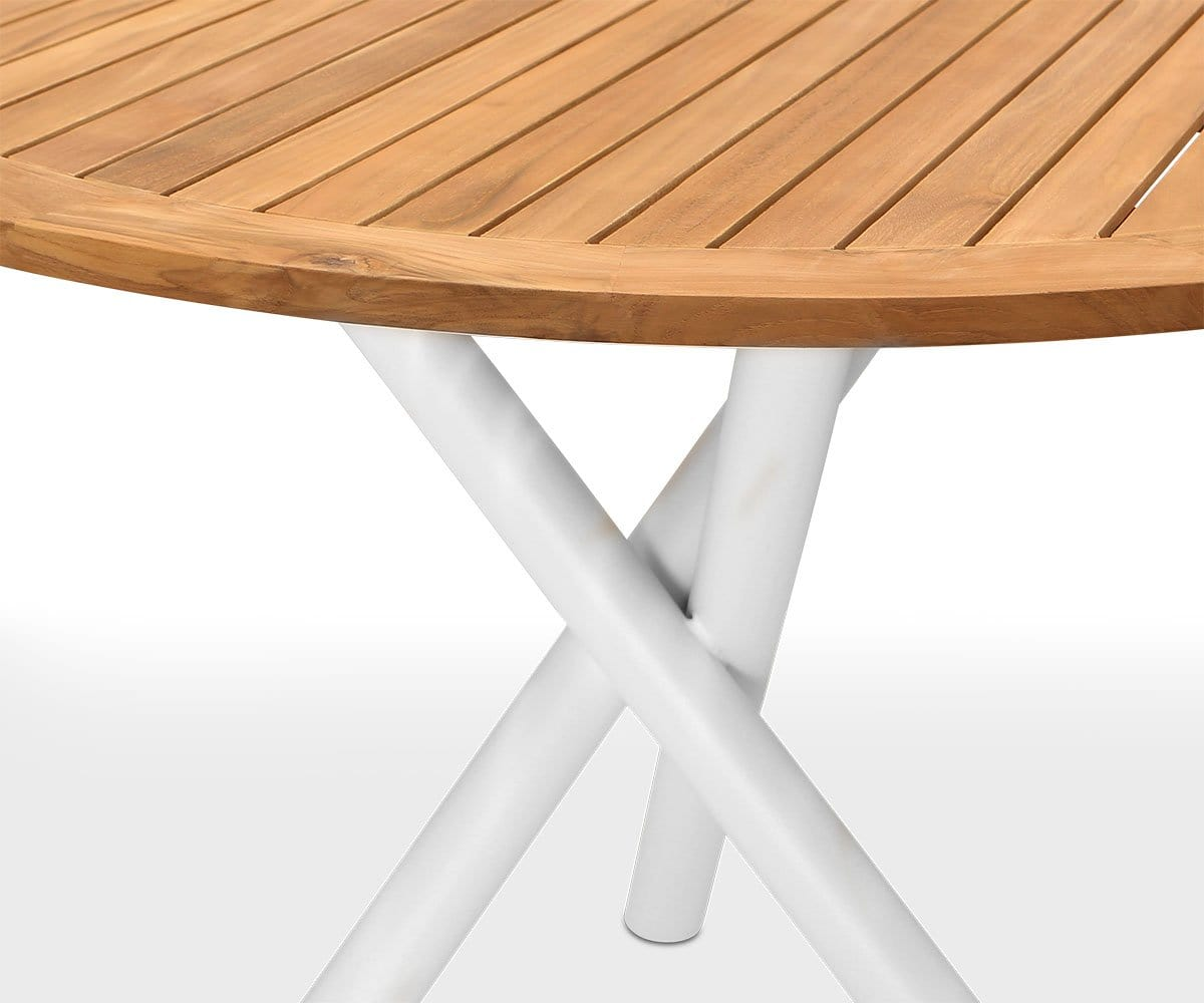 Flisa Round Dining Table