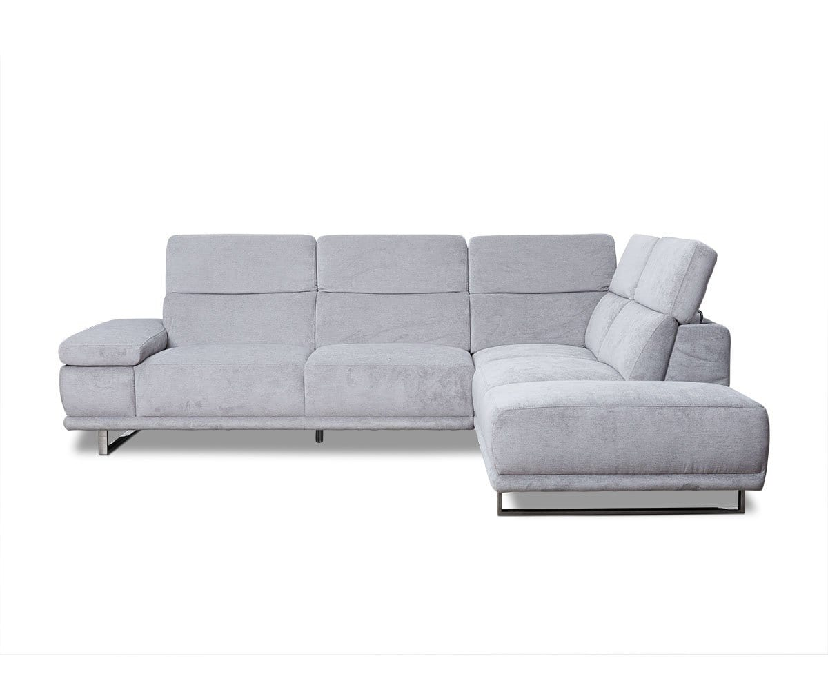 Herlig Right Sectional Dania Furniture