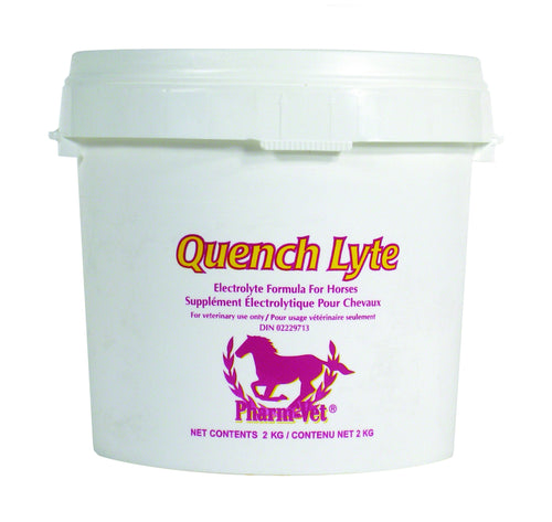 QUENCH LYTE Horse electrolyte powder. Prevent dehydration and electrolyte depletion.