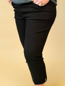 Renuar - Pull On Cropped Pants in Black