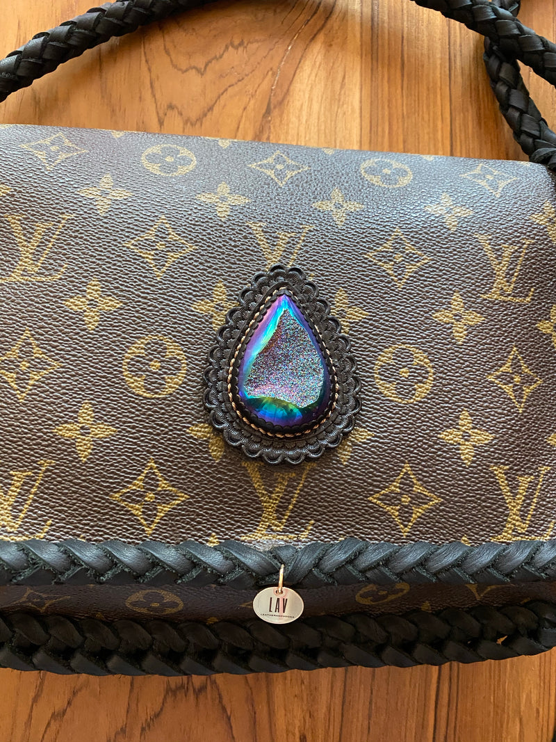 LAV Original Musette Tango Noir Braided w/90ct. Titanium Coated Druzy