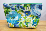 No Frills Wedge Bag - Large - Blue Flowers On White