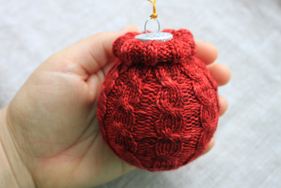 Cabled Christmas Ornament - A Pattern from Lucky Fox Knits