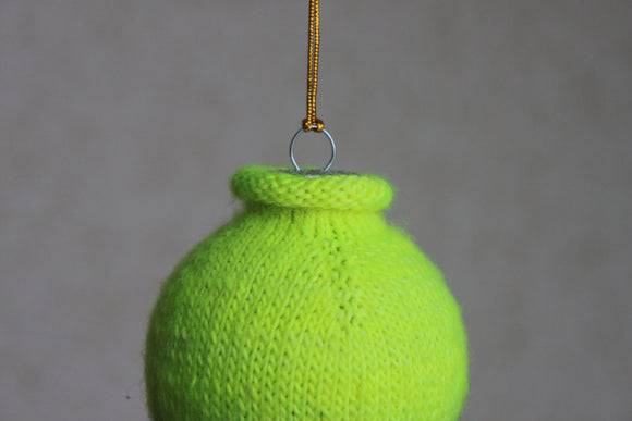 Rolled Edge Christmas Ornament - A Pattern from Lucky Fox Knits