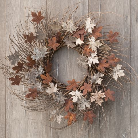 "24"" RUSTY MAPLE LEAF WREATH"