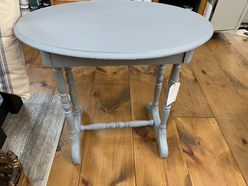 Oval Side Table /w Drawer