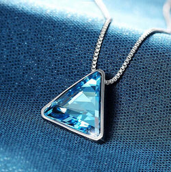 Triangular blue crystal pendant necklaces