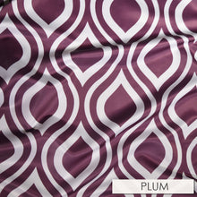 Groovy Print (Lamour) - Table Runners