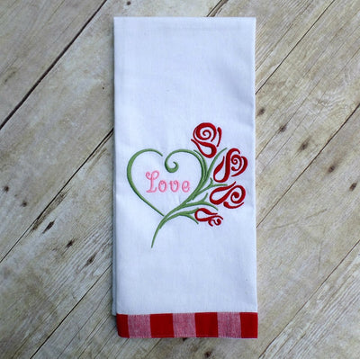 AGD 6038 Swirly Heart Roses