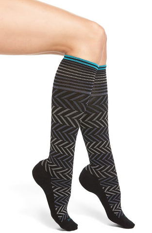 SOCKWELL CHEVRON WOMEN'S KNEE HIGH 15-20