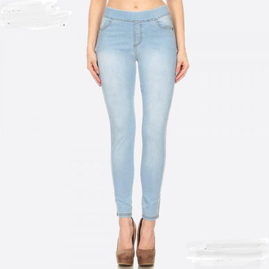Summery Light Wash Jean Jeggings