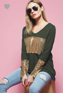 Olive green long sleeve top with gold chest and 3/4 sleeve arm accent. A soft U neck for a relaxed yet classy look. Perfect for the holidays including St. Patrick's Day