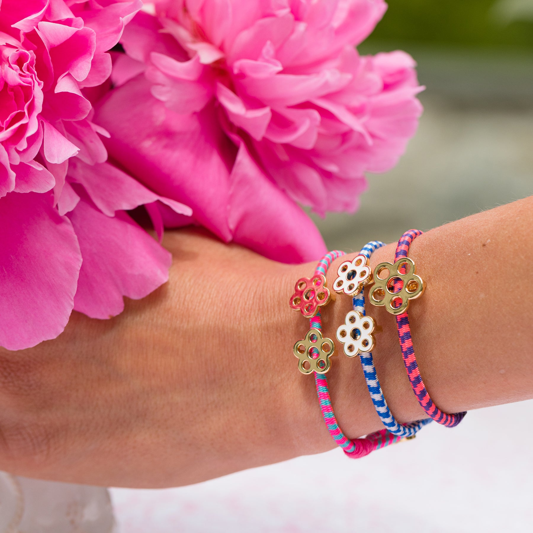 Stretchy Double Flower Bracelet