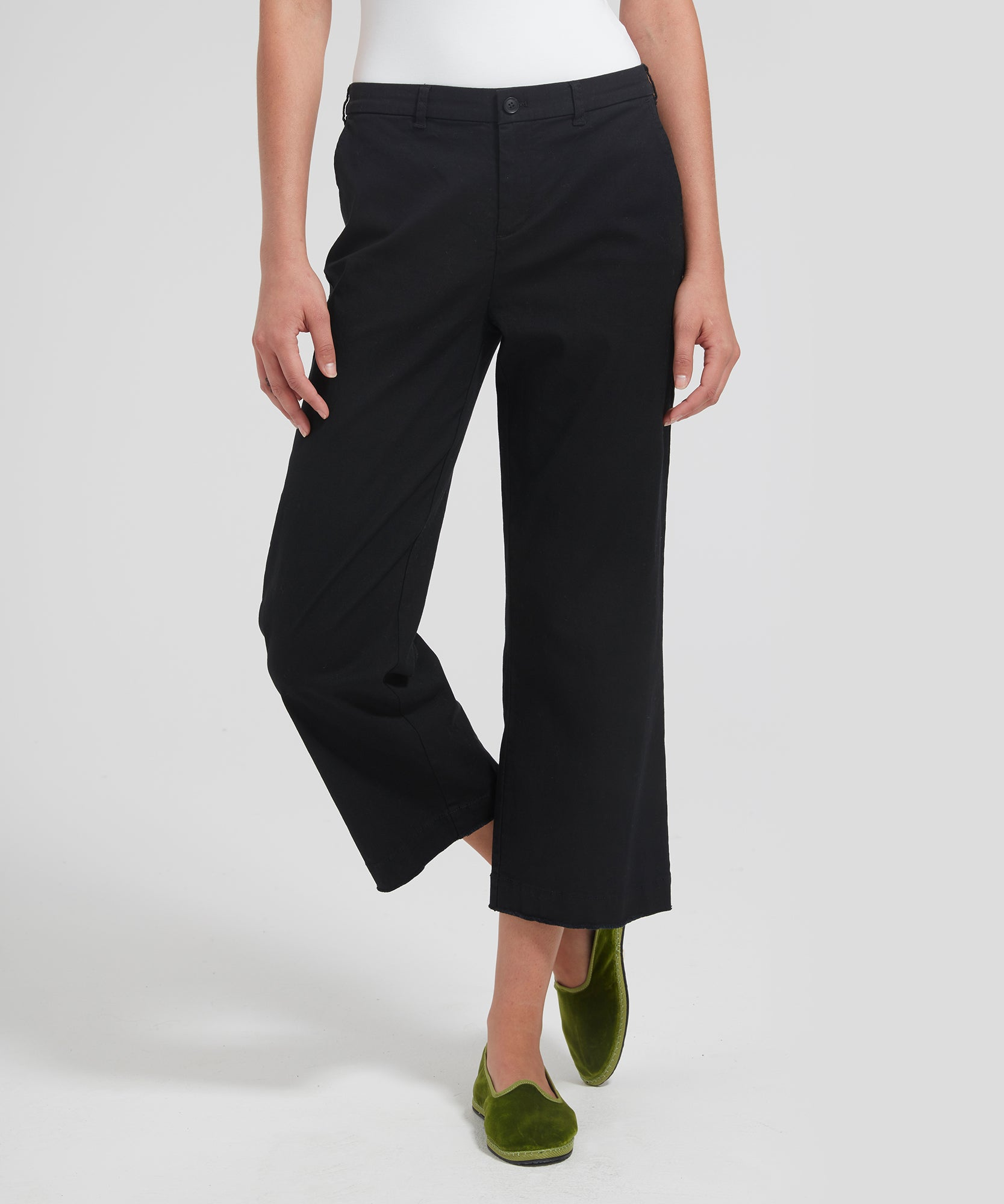 Black Cropped Boyfriend Garment Wash Pants - Women's Casual Pants by ATM Anthony Thomas Melillo