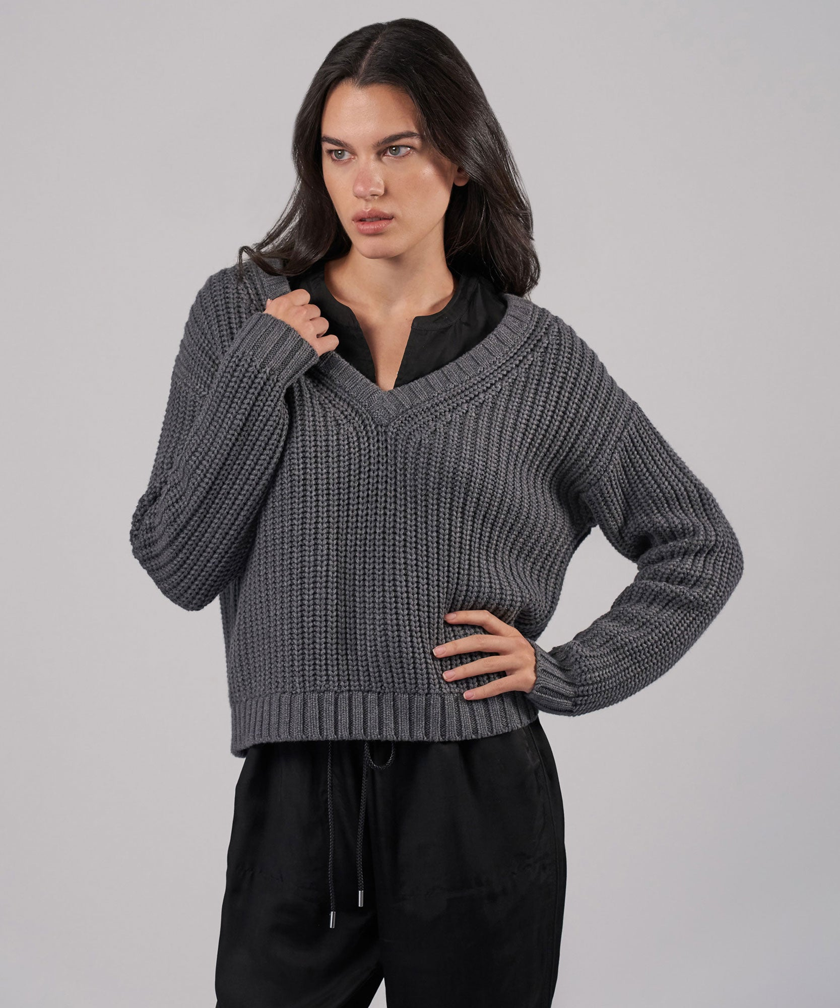 Heather Charcoal Cotton Cashmere Chunky V-Neck Pullover - Women's Sweater by ATM Anthony Thomas Melillo