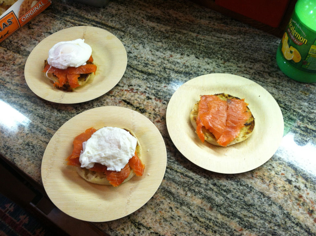 Eggs Benedict with Smoked Salmon and Hash Browns
