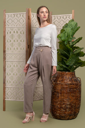 AGA | Riley Front Fold Trousers Catechu