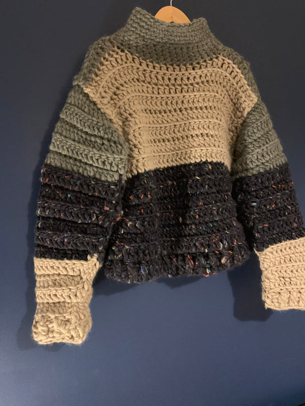 Fisherman sweater. Pure Peruvian wool. Chunky crocheted clothing.