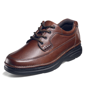 Brown Nunn Bush Cameron oxford shoe.