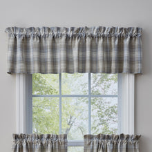 Prairie Wood Curtain valance.