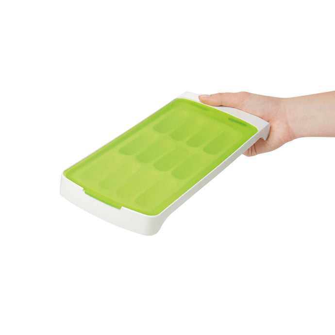 No-spill ice tray