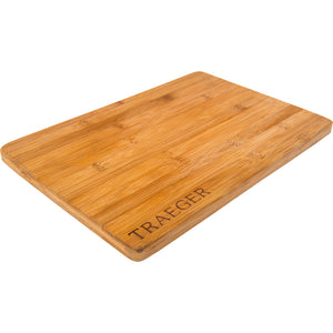 traeger magnetic bamboo cutting board side view