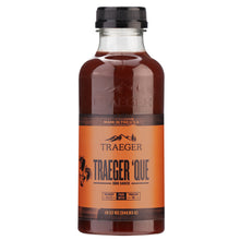 Traeger 'que bbq sauce in glass bottle