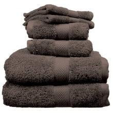 Coffee color towels and wash cloths.