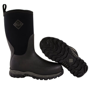 Muck Boots, black.