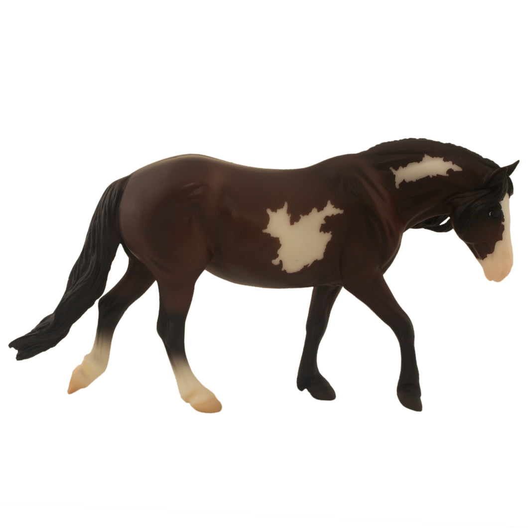 Toy Bay Pinto Pony, Breyer Classic Collection.