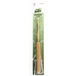 Crochet hook with bamboo handle j10